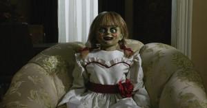 'Annabelle Comes Home': Ny 'Conjuring'-spinoff skræmmer fra vid og sans