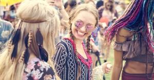 Moshpits og nonstop-fest: Få styr på festivalhåret, der kan holde til det hele