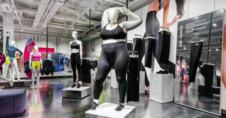 Nikes kurvede mannequiner kommer også til Danmark efter kontroversiel modtagelse i London