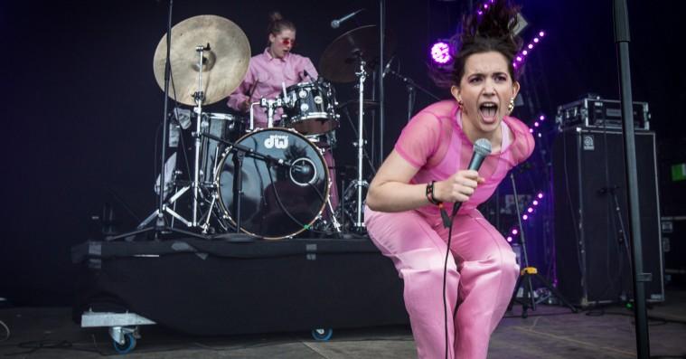 Frygtløse Mall Girl var komplet uforudsigelige på Roskilde Festival