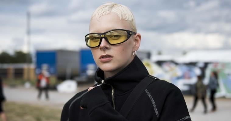 Street style: Så gjaldt det pludselig om at holde varmen på Roskilde Festival