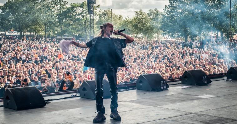 Silvana Imam gav Roskilde Festival sin rebelske Orange-åbning