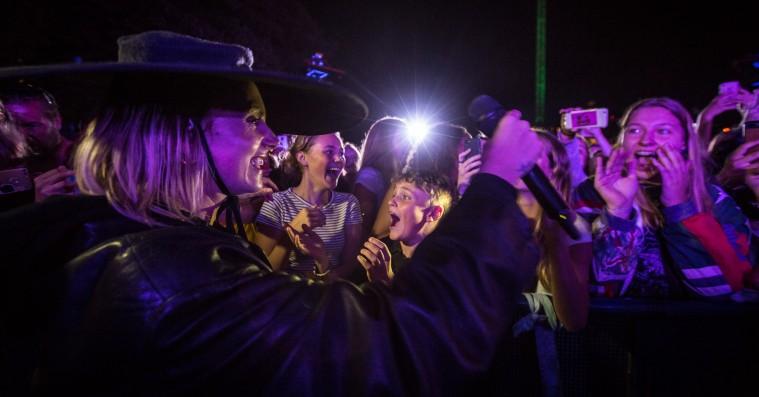 Mø balancerede mellem fest og følsomhed i Tivoli