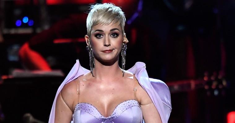 Katy Perry og hendes pladeselskab dømt til at betale over 18 millioner til kristen rapper