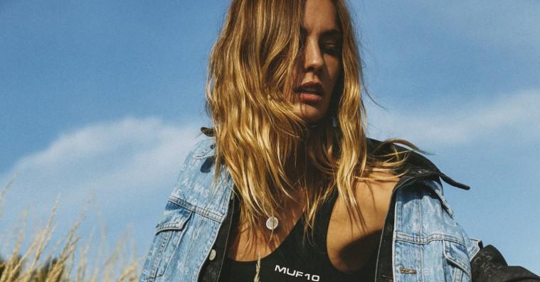 Muf10 sælger denimkollektion direkte efter modeshow i aften – kun i Illum