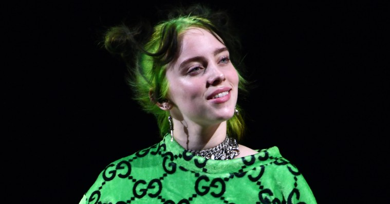 Billie Eilish er træt af, at folk snakker om hendes baggy stil – sammenligner det med slut-shaming