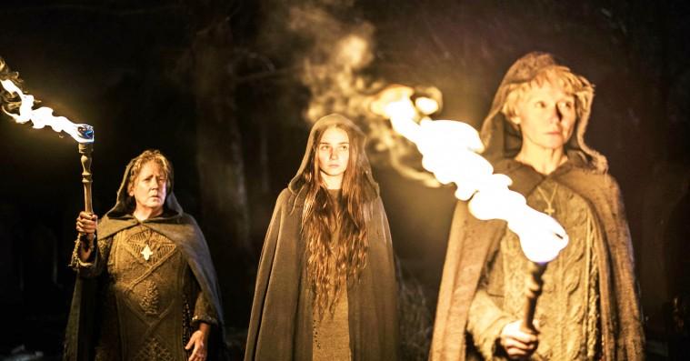 'Lambs of God': Bloddrikkende nonner på HBO Nordic er mindre fucked up, end man kunne håbe