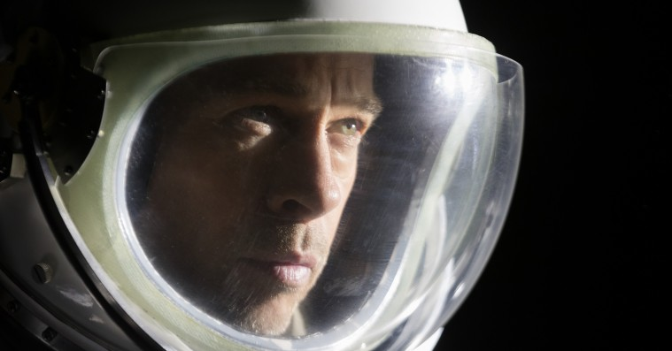 'Ad Astra': Brad Pitts voiceover modarbejder bjergtagende sci-fi-film
