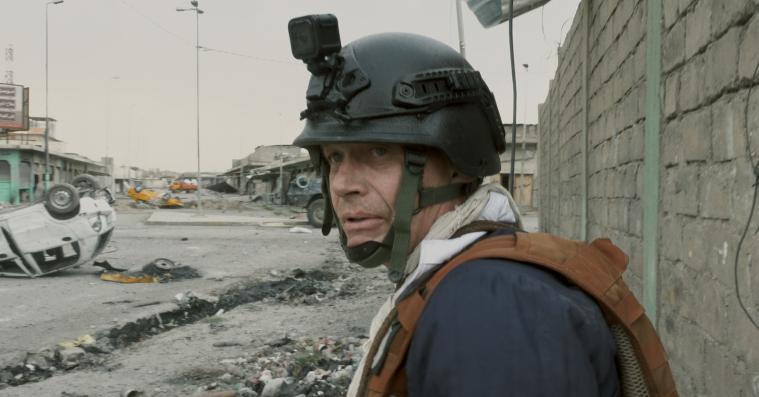 'Krigsfotografen': Rå og smuk dokumentar om stjernefotografen Jan Grarups todelte liv