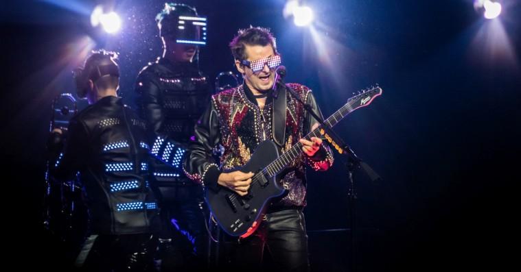 Muses koncert i Royal Arena var bedst, når den var mest fjollet