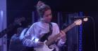 Clairo giver en rørende liveversion af 'Bags' hos Ellen DeGeneres