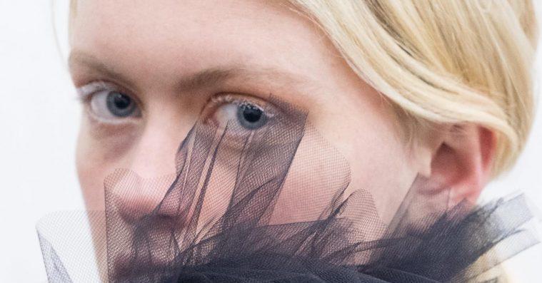 Zaar annoncerer debut-ep – hør den nye single 'Invisible'