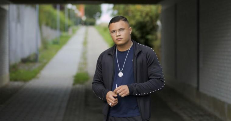 Carmon er vokset både kunstnerisk og personligt på debutalbummet 'Tålmodighed'