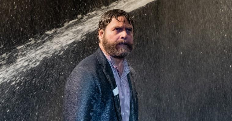 'Between Two Ferns: The Movie': Blooper-klippene er det bedste ved Zach Galifianakis' trætte bregne-film