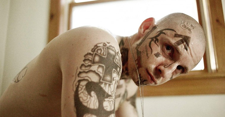 'Skin': Kan vi virkelig sympatisere med den deserterede nynazist?