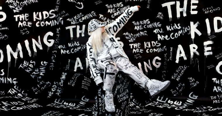 Kunstneren bag tidens største Spotify-hit giver koncert i Danmark