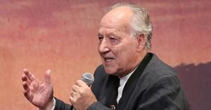 Baby Yoda fik Werner Herzog til at græde på settet til 'The Mandalorian': »Den er hjerteskærende smuk«