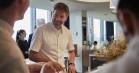 Nikolaj Coster-Waldau var kok for en dag på Danmarks eneste trestjernede Michelin-restaurant