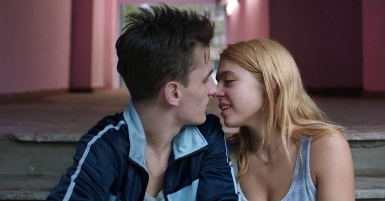 'Take Me Somewhere Nice': Bosniens svar på Jim Jarmusch er sexet, sjov, lækker og svær at blive klog på