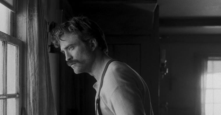 Bag 'The Lighthouse': Hvordan Robert Eggers skabte en kultklassiker – og fik Robert Pattinson på koldt dybt vand