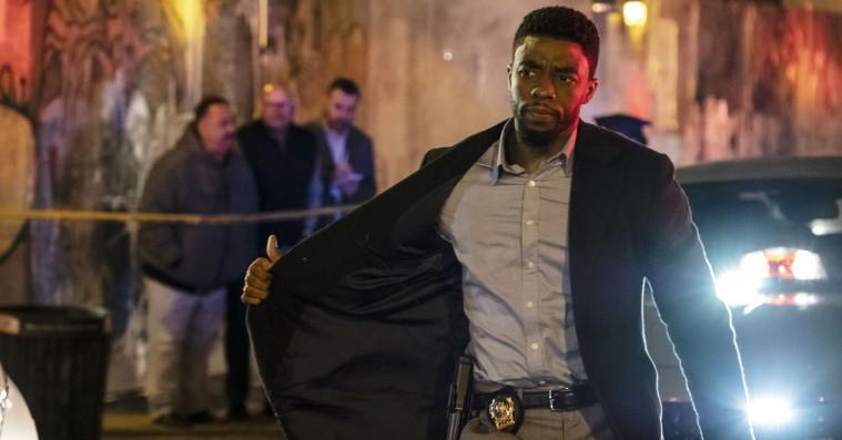 '21 Bridges': Chadwick Boseman kan ikke redde forudsigelig politi-thriller