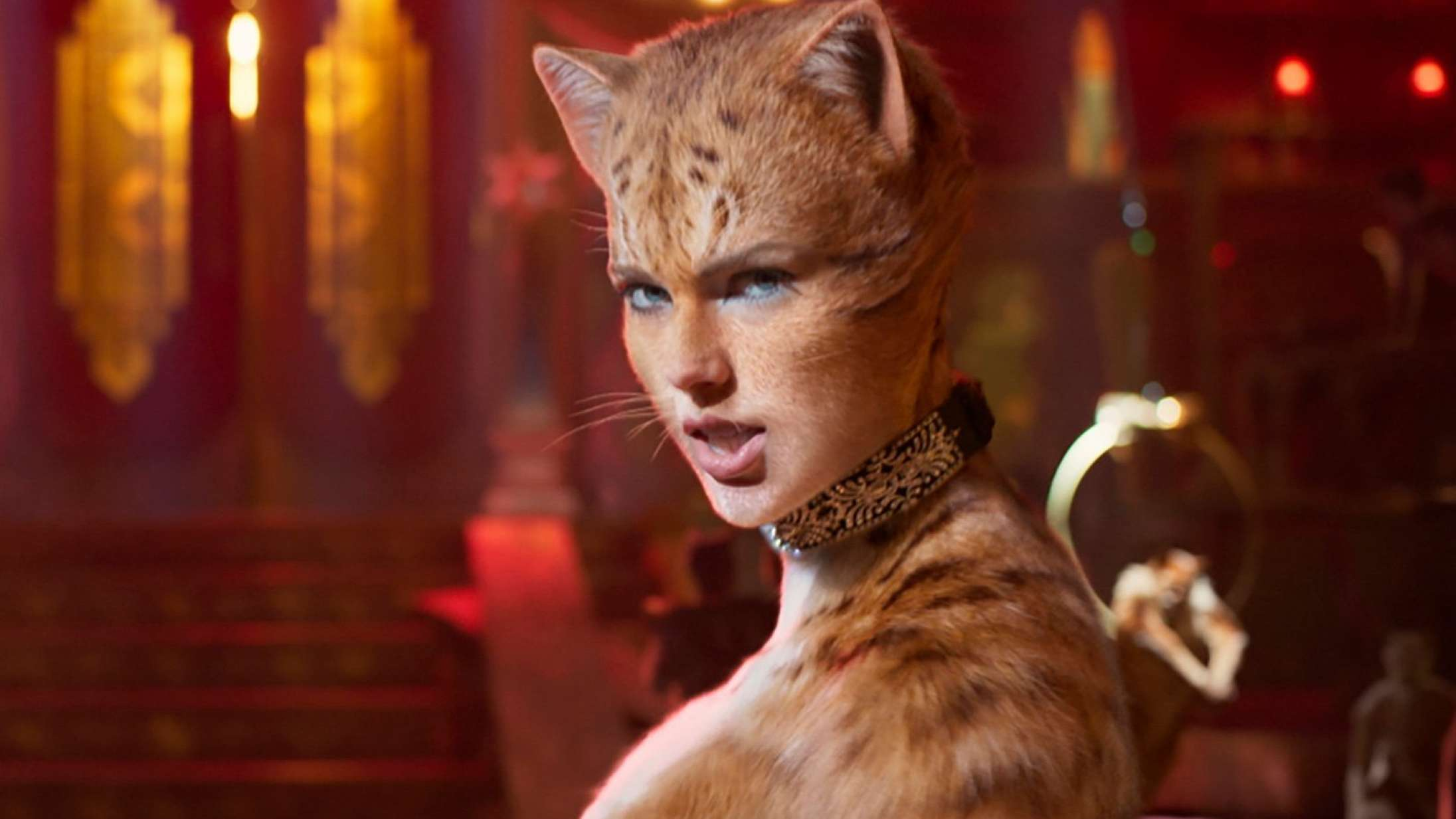 'Cats': Nøgen Idris Elba er en lummer pussy i miserabel musicalfilm