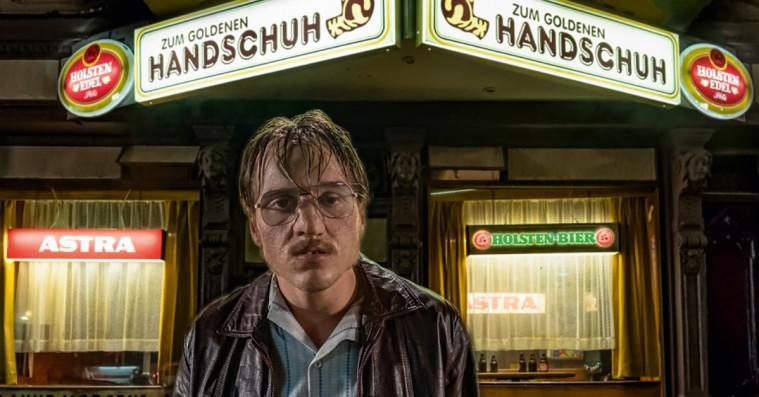 'Den gyldne handske': Ny seriemorderfilm er ualmindeligt hård kost