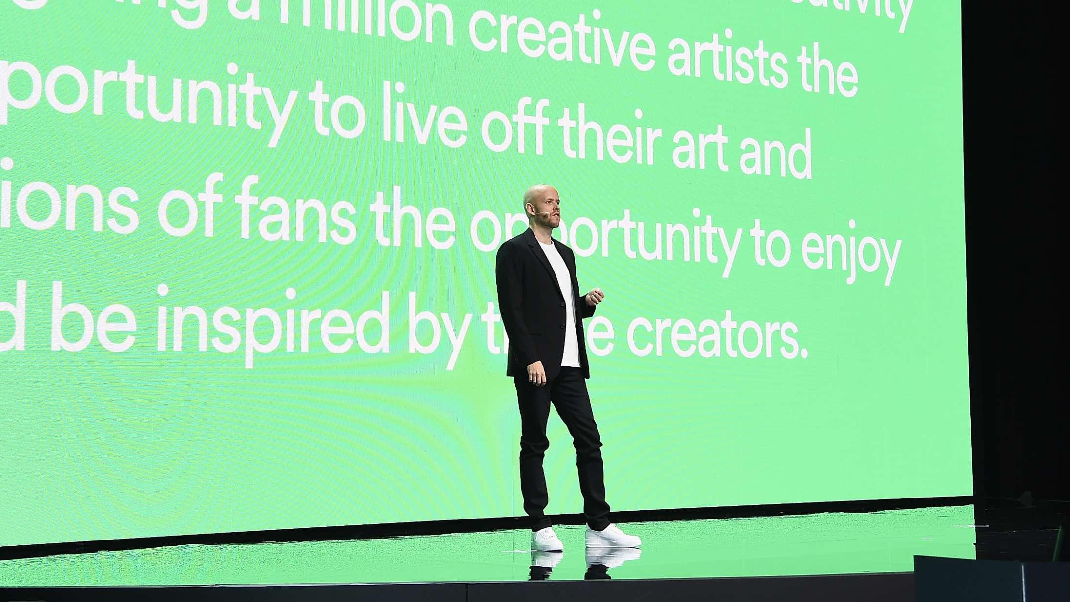 Over 4.000 musikere og branchefolk blæser til angreb mod Spotify – kræver drastiske ændringer