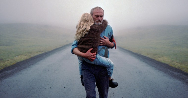 'En hvid, hvid dag': Manden bag 'Vinterbrødre' vender tilbage med gribende og modig film