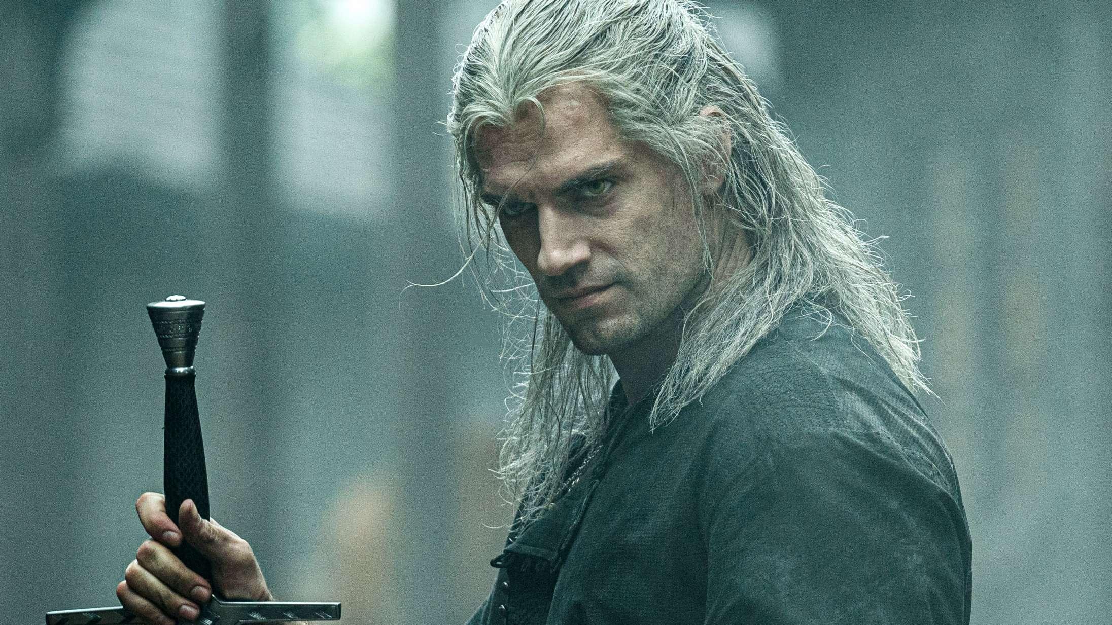 'The Witcher'-optagelser fortsætter uden skadet Henry Cavill