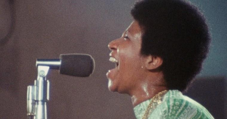 'Aretha Franklin: Amazing Grace': Halleluja! 47 år gammel koncertfilm sitrer af nærvær