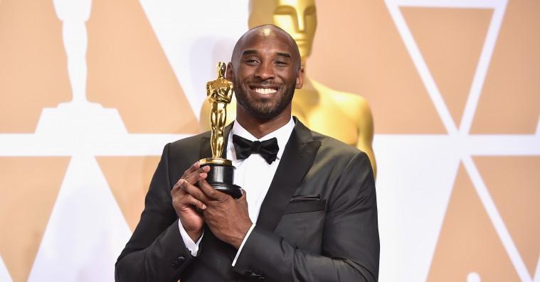 Se Kobe Bryants Oscar-vindende femminutters film 'Dear Basketball'