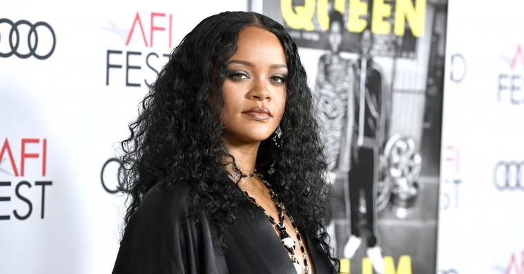 Rihannazine hylder forgangskvinder, som »skaber en mere inkluderende og mangfoldig fremtid«