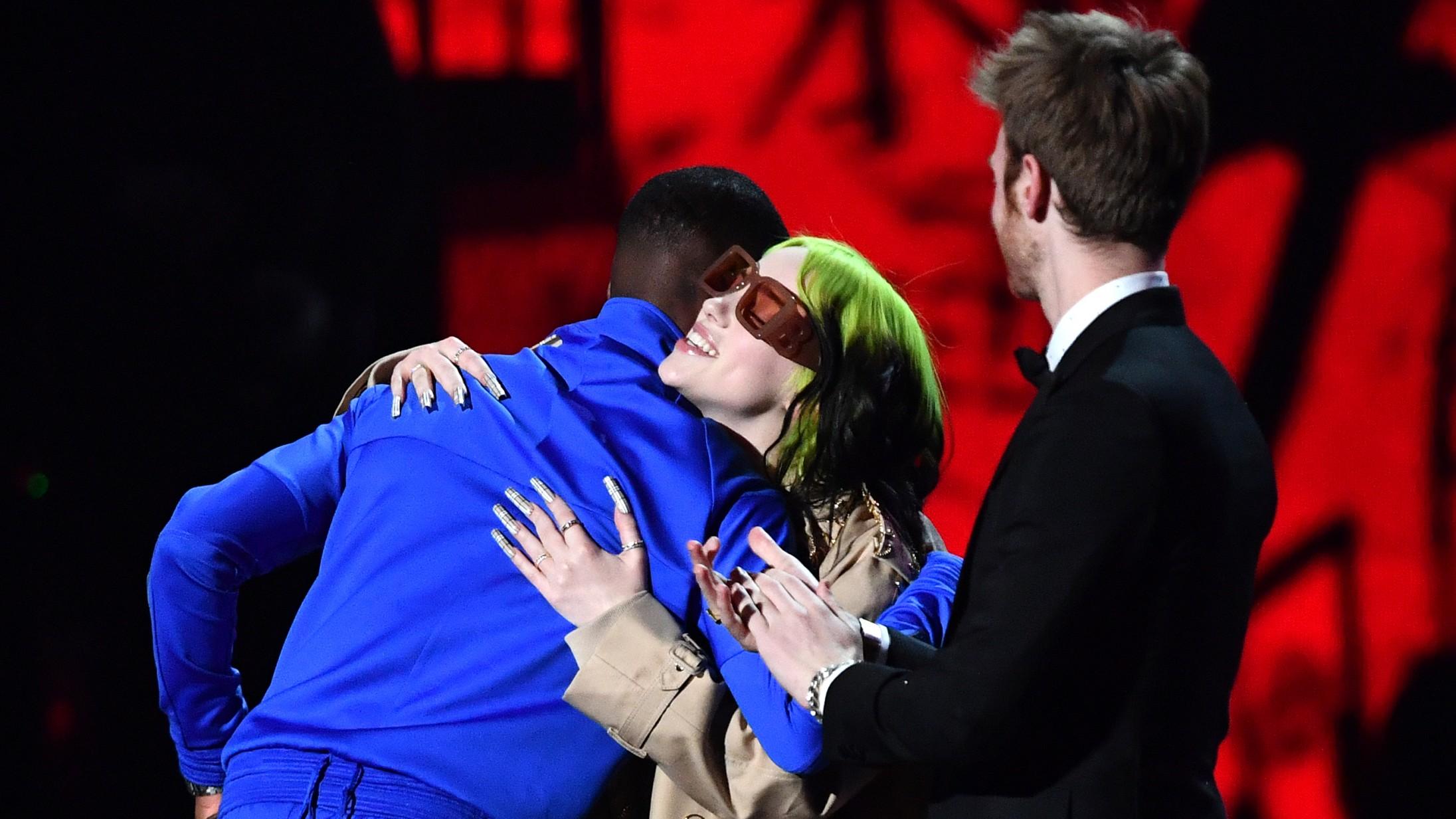 Se alle vinderne fra Brit Awards – Billie Eilish overrakte prisen for årets album