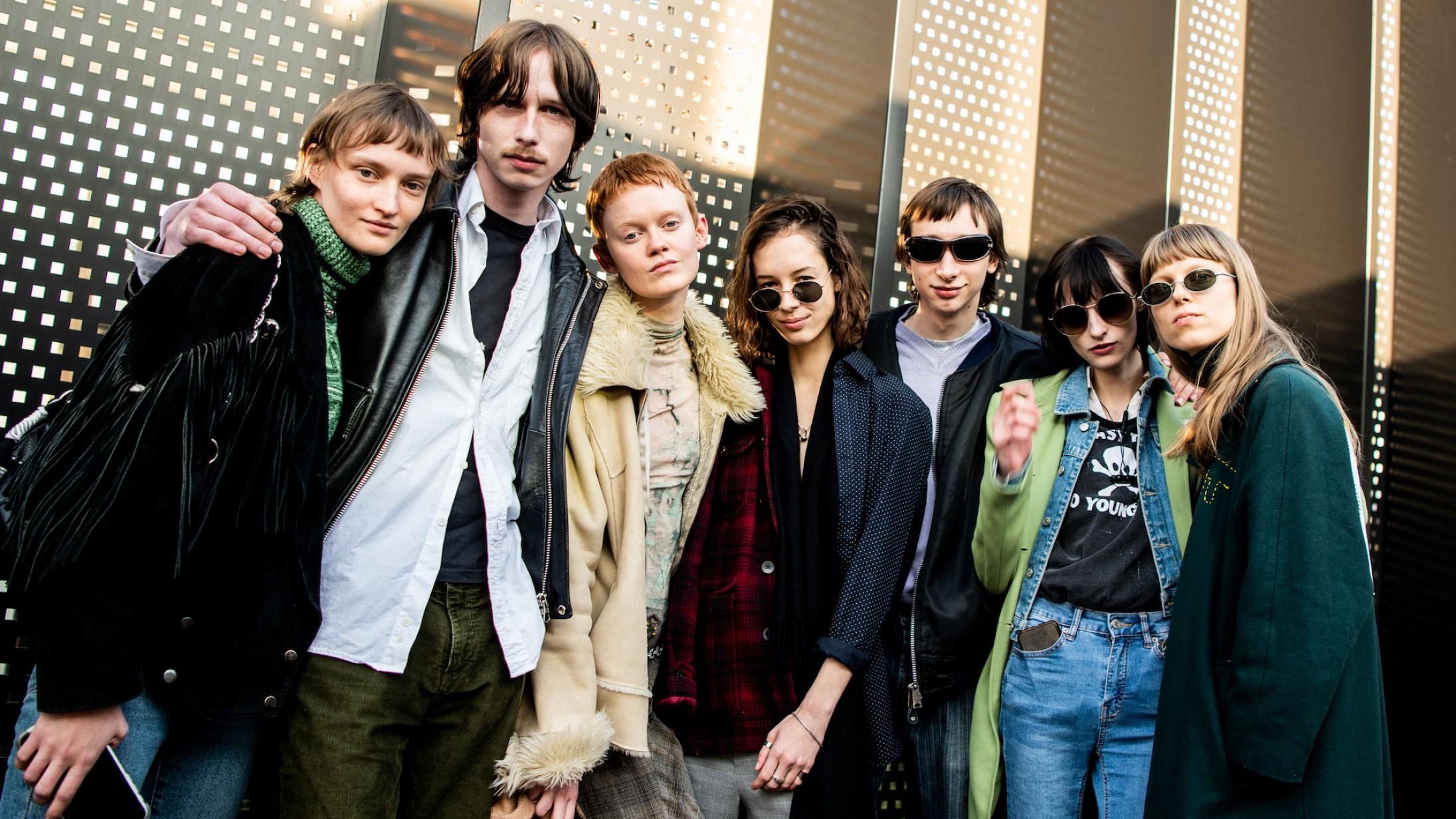Street style: Folk skejede ud til Milano Fashion Week – fra store briller og mønstre til vild mascara