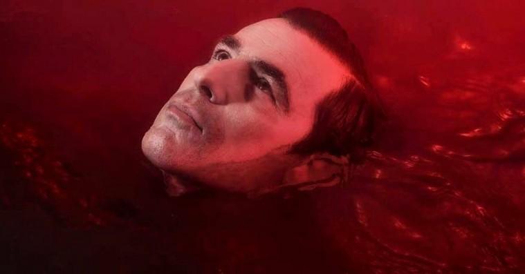 Claes Bang om grænseoverskridende 'Dracula'-stunt: »Jeg kunne mærke, at jeg havde gjort noget, jeg ikke burde«