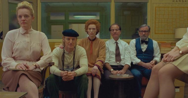De første billeder fra Wes Andersons 'The French Dispatch' er ude – inkl. filmplakat med Timothée Chalamet i badekar
