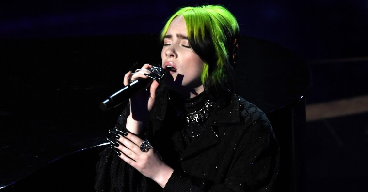 Se Billie Eilish og Finneas' ømme The Beatles-cover fra nattens Oscar-show