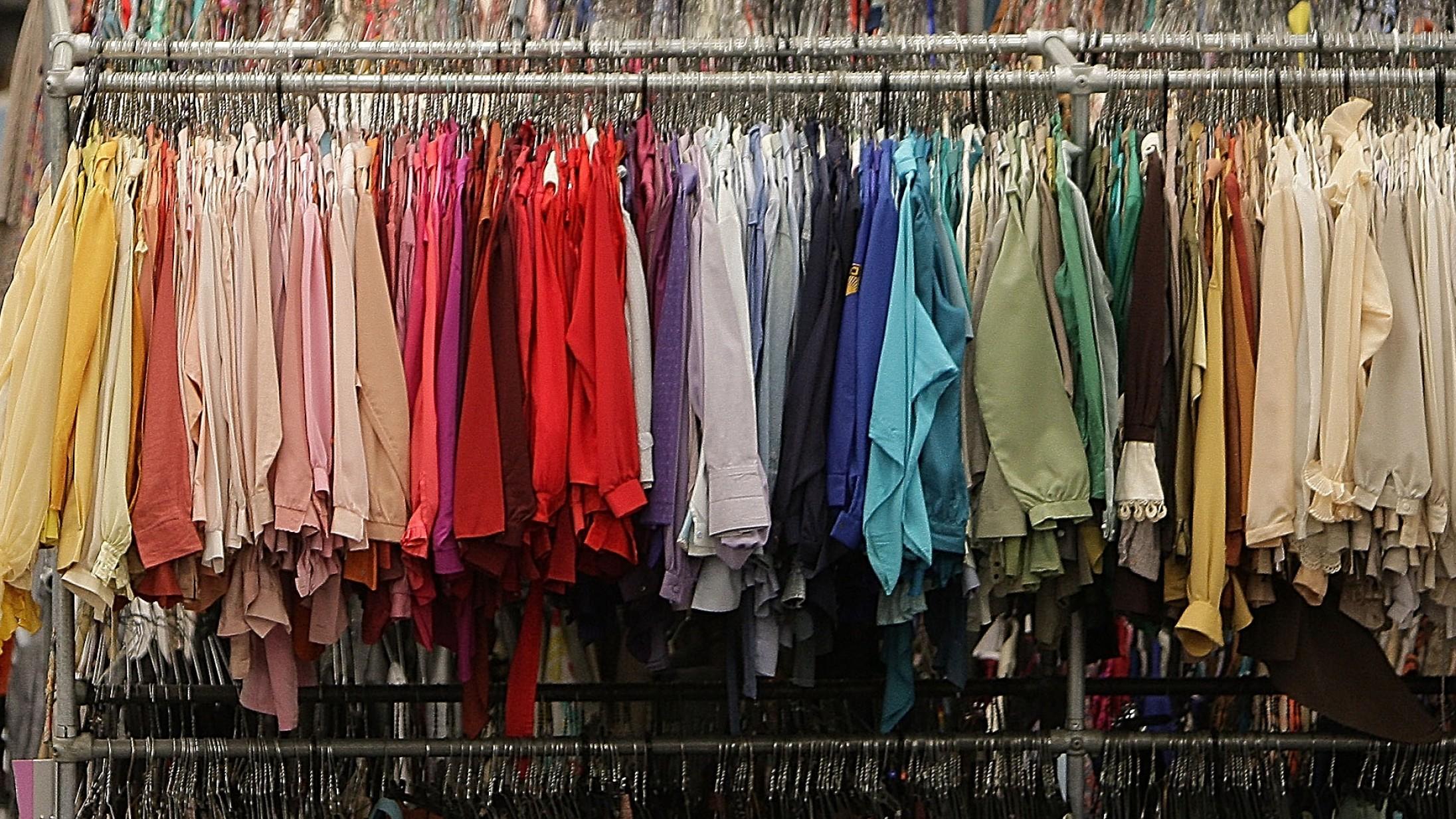 Bæredygtige produktioner er ikke nok for tøjmærkerne. »Der skal en kulturændring til«, siger forsker