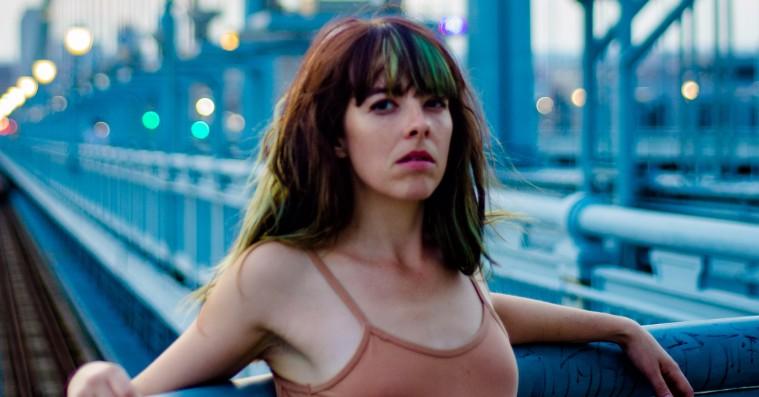 Frances Quinlans vokal mestrer hele spektret på 'Likewise'