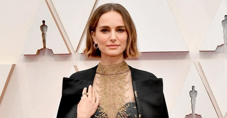 Natalie Portman svarer på kritikken af hendes feministiske Oscar-kappe: »Jeg vil fortsætte med at prøve«
