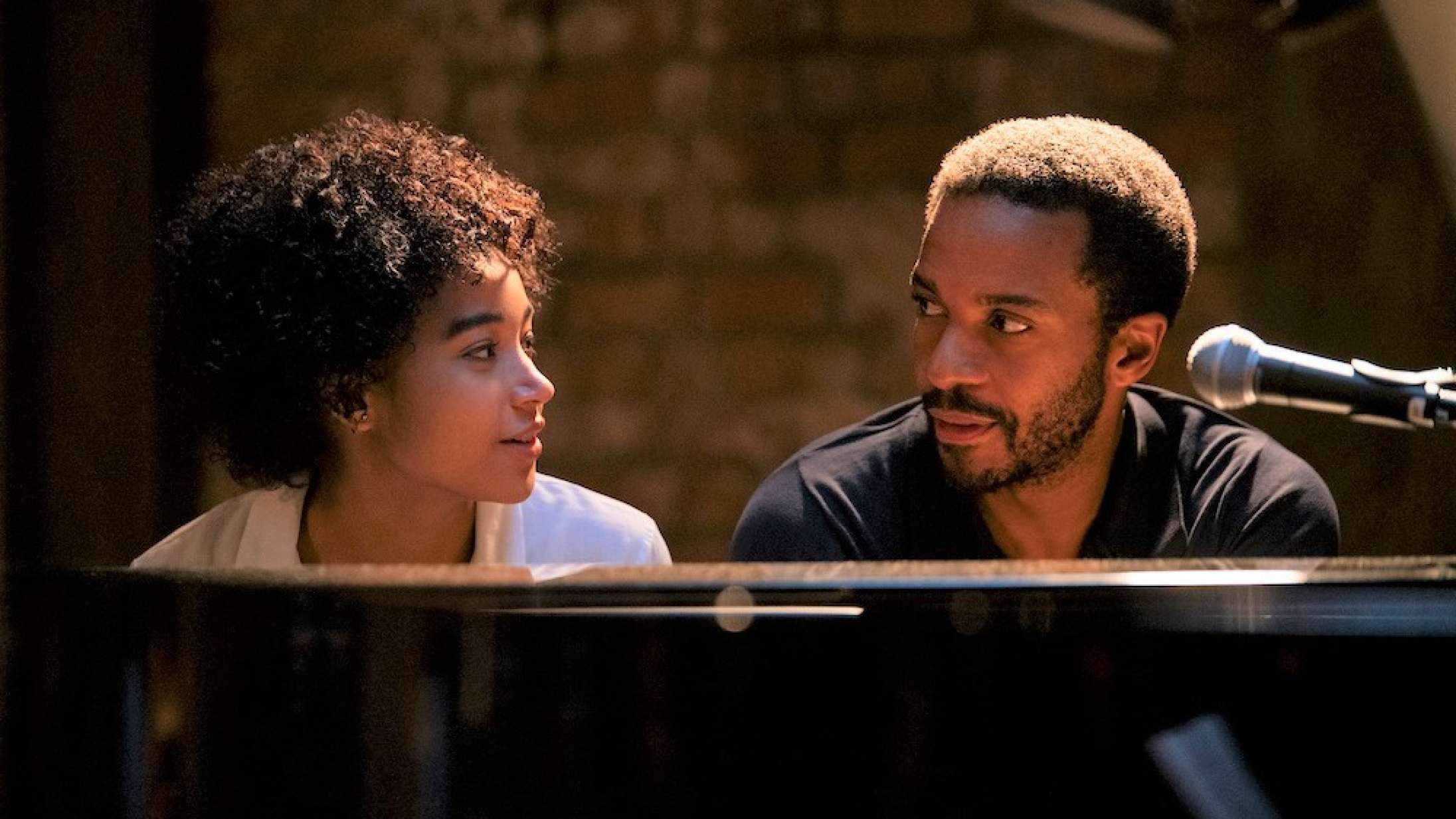 'The Eddy': Damien Chazelles musikdrevne Netflix-debut får én til at føle, at man sidder på første række