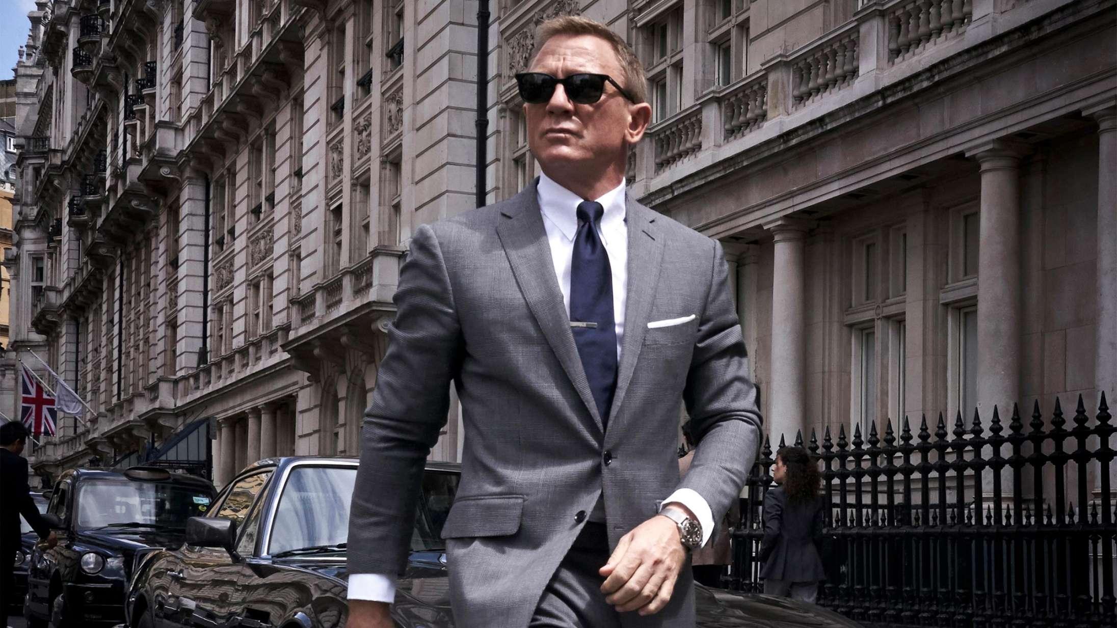 Den egentlige grund til, at James Bond-premieren er udskudt