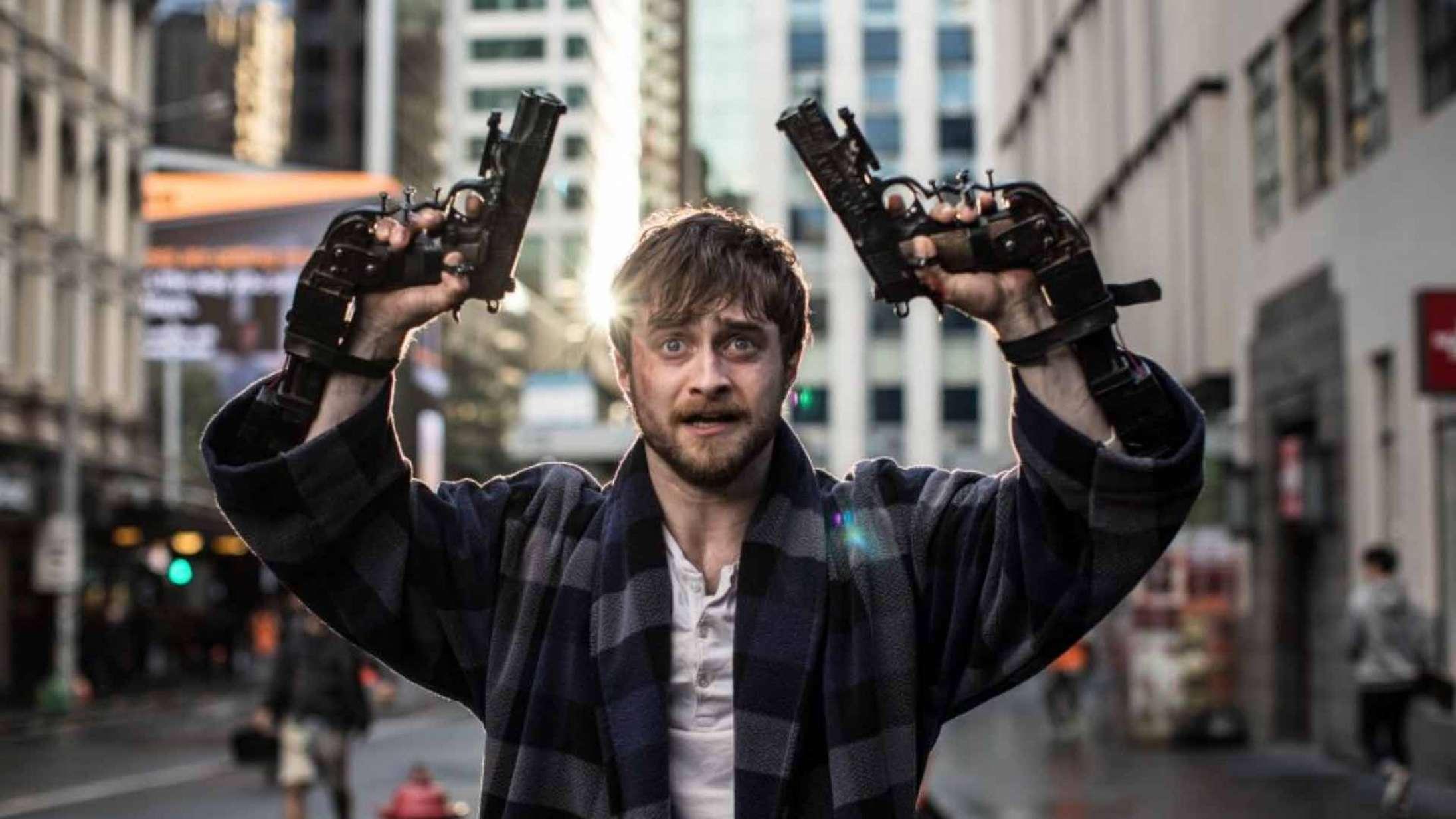 'Guns Akimbo': Daniel Radcliffe med guns på hænderne skulle have været endnu mere grotesk