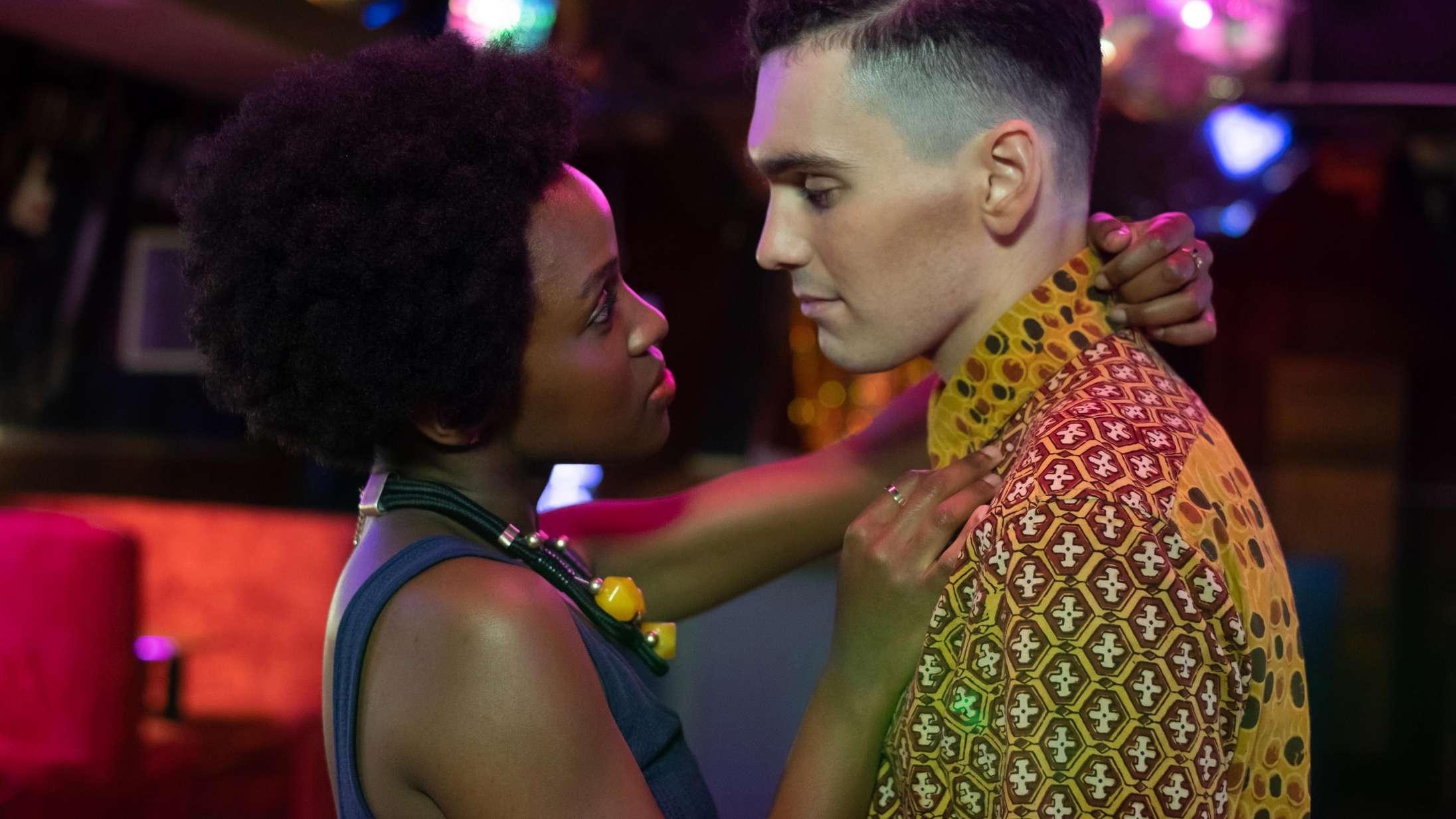 'Noughts + Crosses': Sorte undertrykker hvide i tankevækkende HBO Nordic-aktuel serie