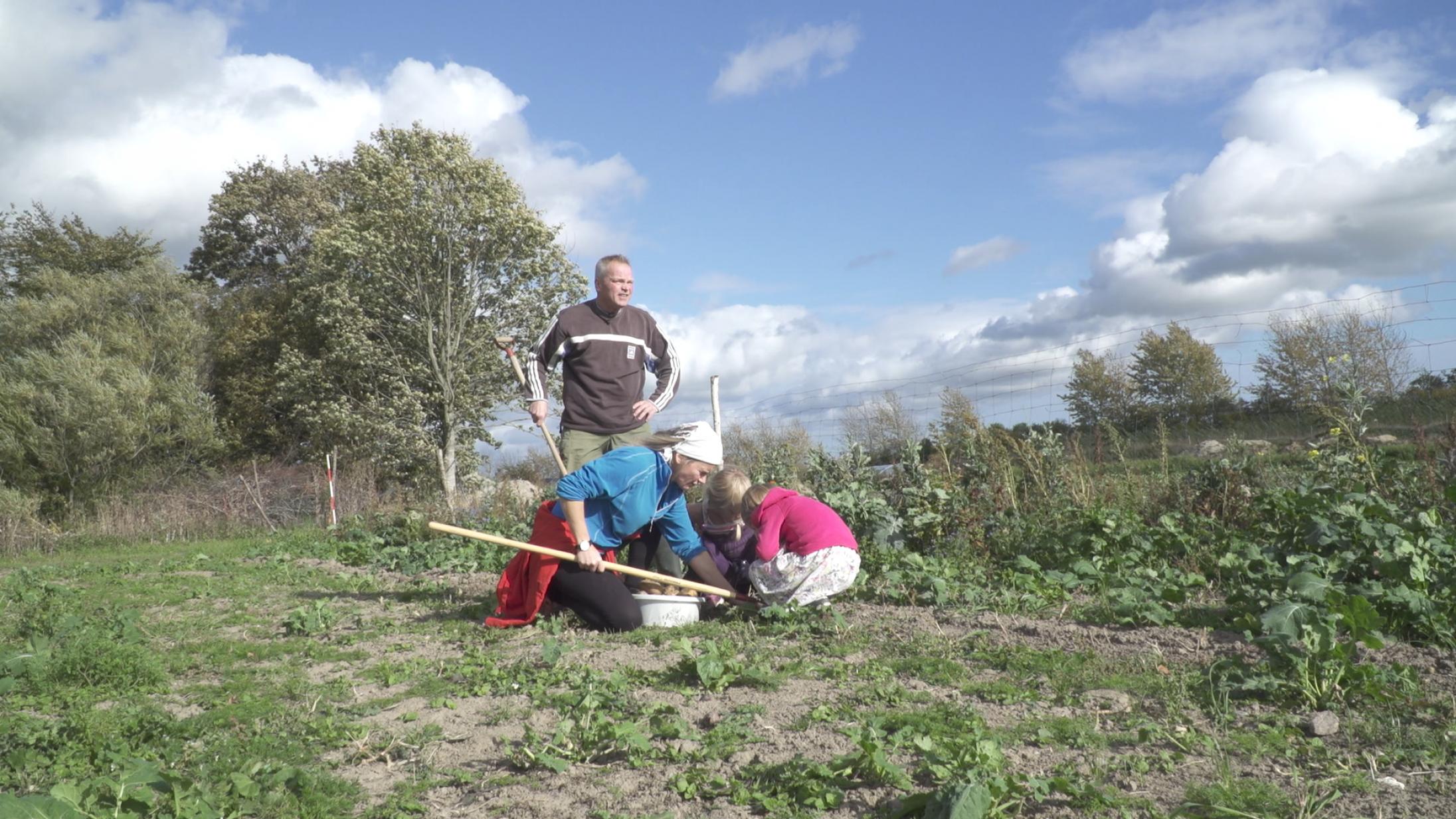 'Rejsen til Utopia': Dansk klimadokumentar er topaktuel, tankevækkende og charmerende