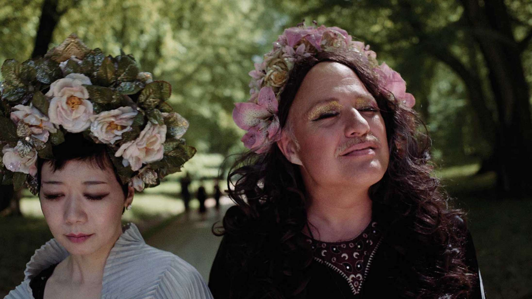 'Being Eriko': Vild performancekunstner er en fascinationsmagnet i ny dansk dokumentar