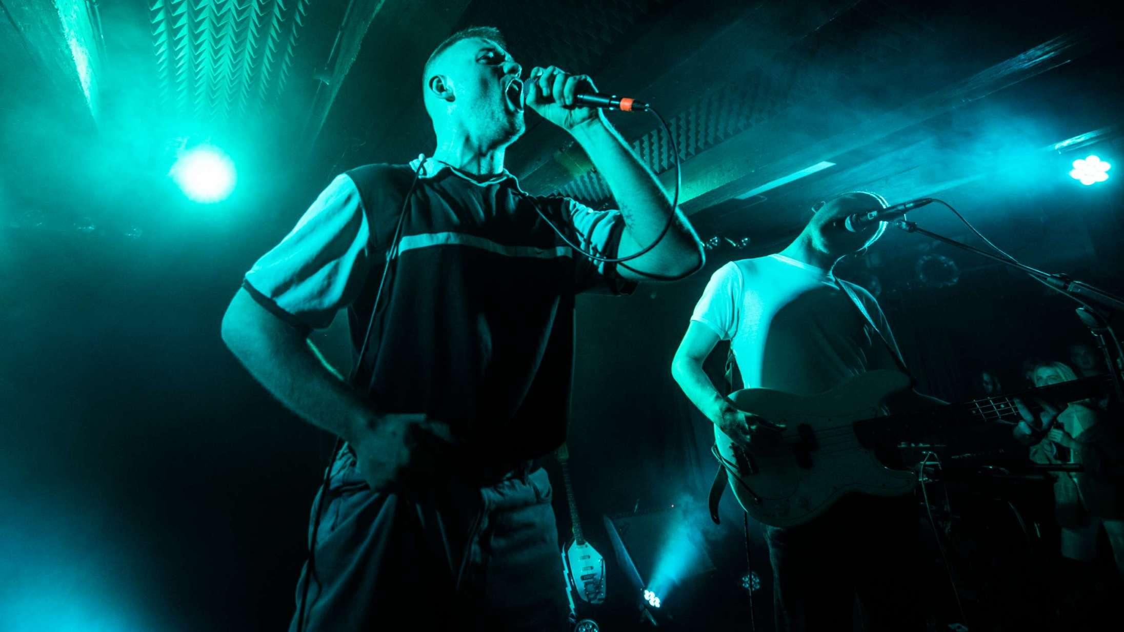 Joyce varmede op til Roskilde Festival med eksplosiv og kompakt Loppen-koncert