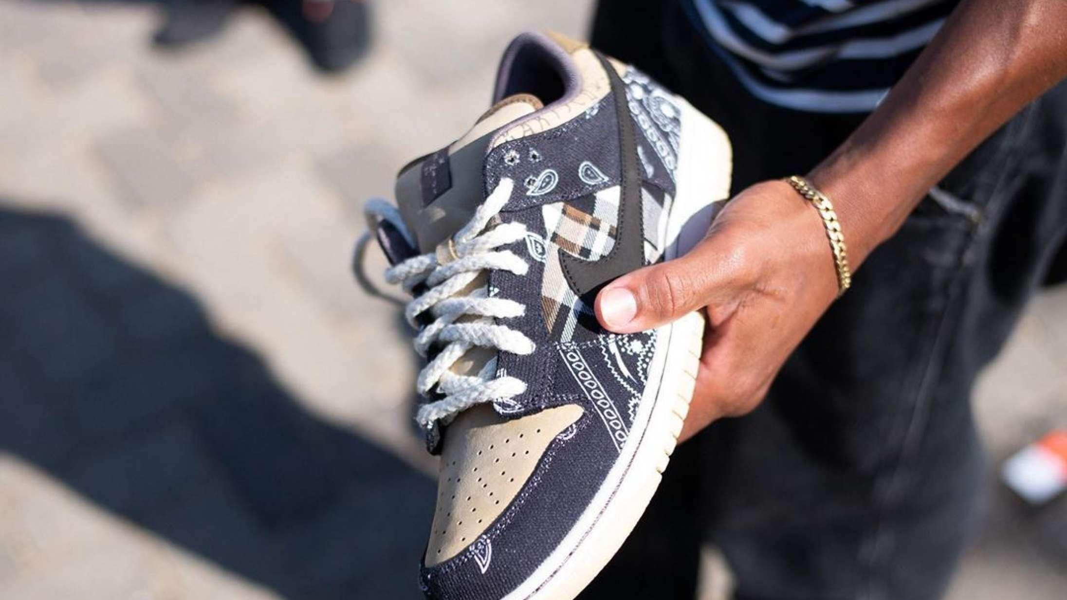 Travis Scott sneaker drop skabte kaos i København Nyhed