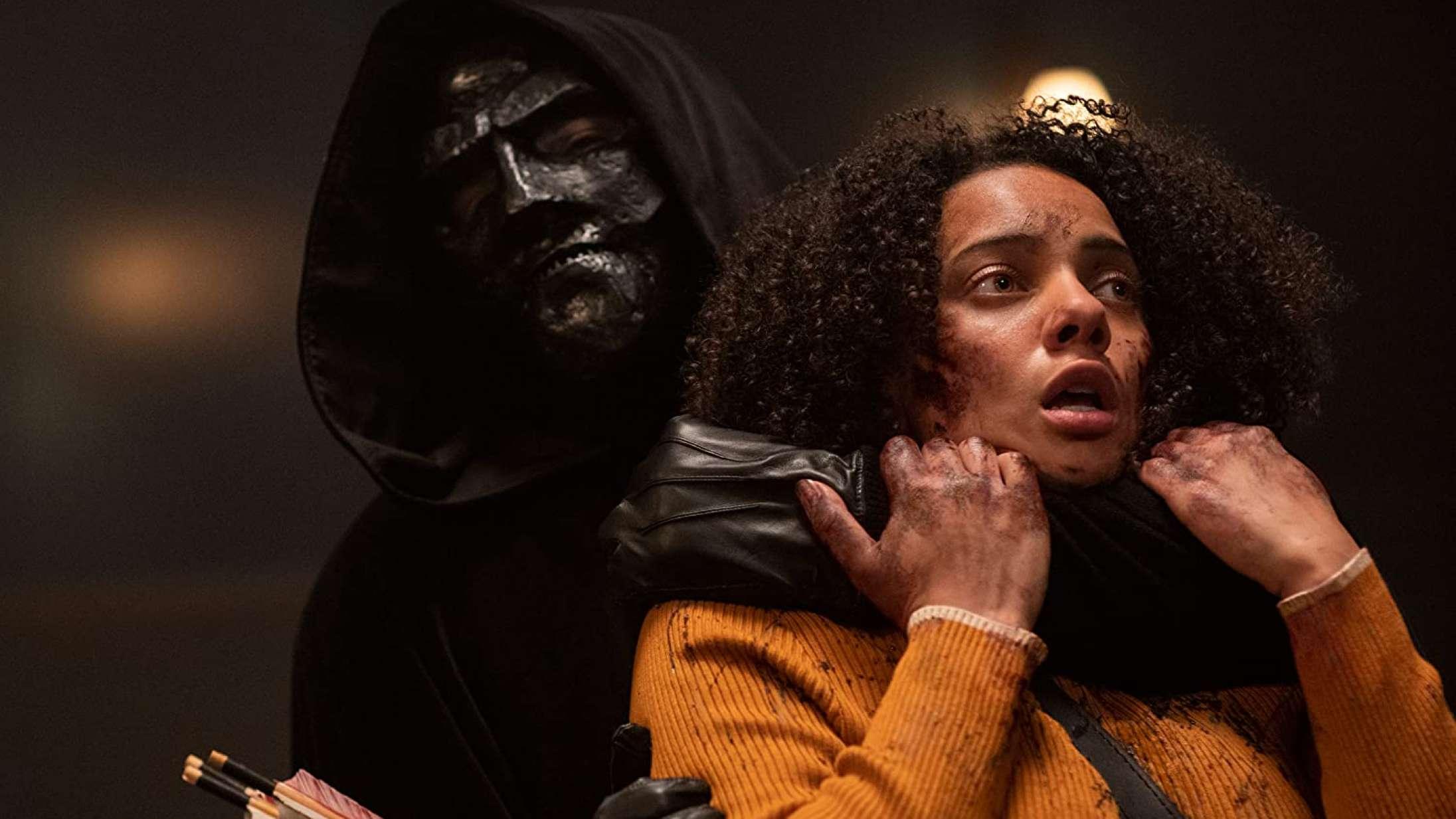 'Black Christmas': Blumhouses første gyser instrueret og skrevet af kvinder sparker underholdende til kønskampen